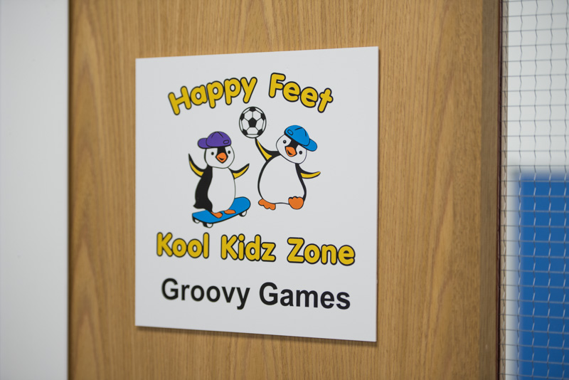 GROOVY GAMES (8)